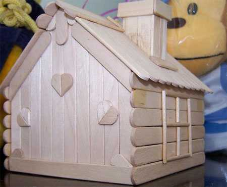 怎么用冰棍做小房子 雪糕棒手工制作小房子