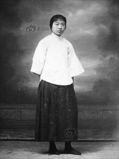 七八十年代发型_七八十年代女士老衣服 中国女人服饰百年的演变过程 - 驴宝宝 ...